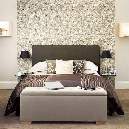 jilishta-accent-in-bedroom-5