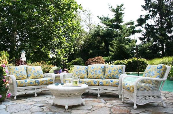 Мебели от изкуствен ратан
