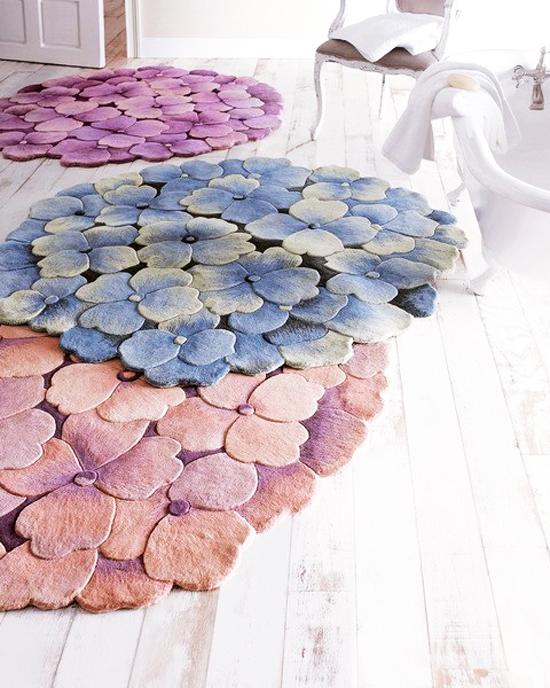 Цветно великолепие покрива пода