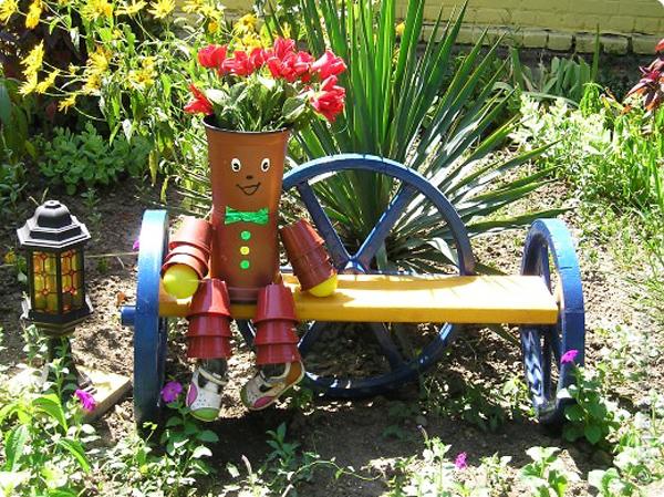 И градината се усмихна щастливо...