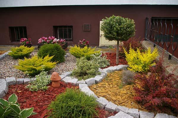 Цветни импресии за градина, мулч и фантазия...